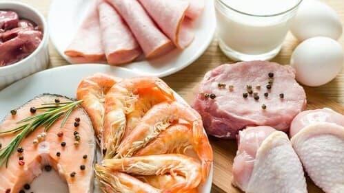 aliments contenant du tryptophane : viande blanche et crustacés