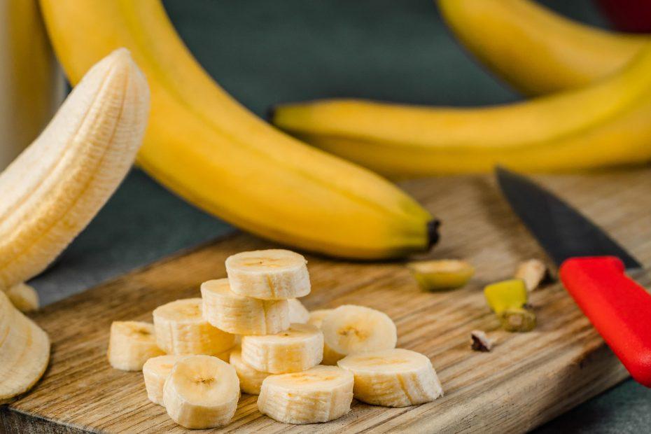 banane sur une planche à découper tryptophane